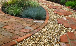 Как сделать садовую дорожку из гальки