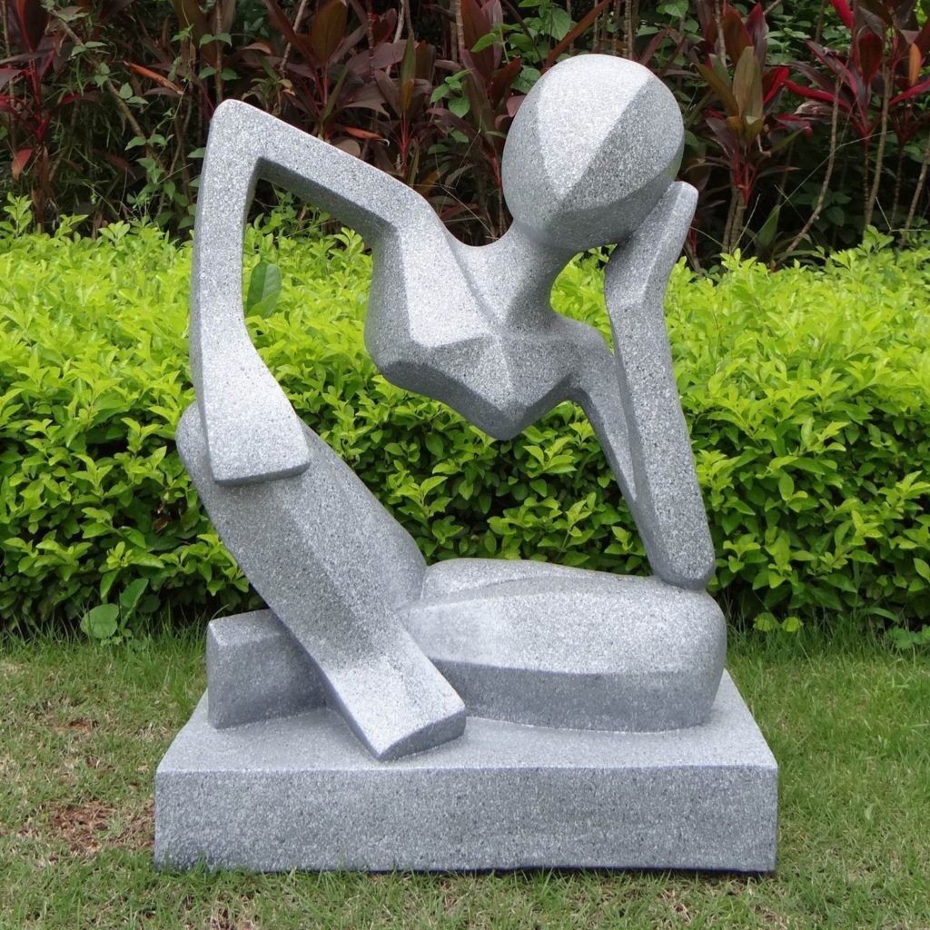 Современная садовая скульптура