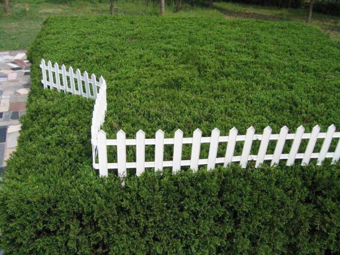 Пластиковая ограда