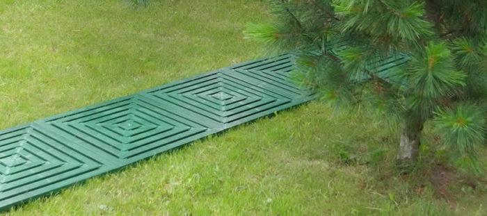Пластиковая плитка для дорожек