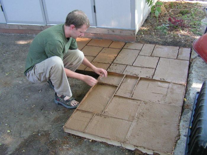 Самостоятельное изготовление бетонных плиток