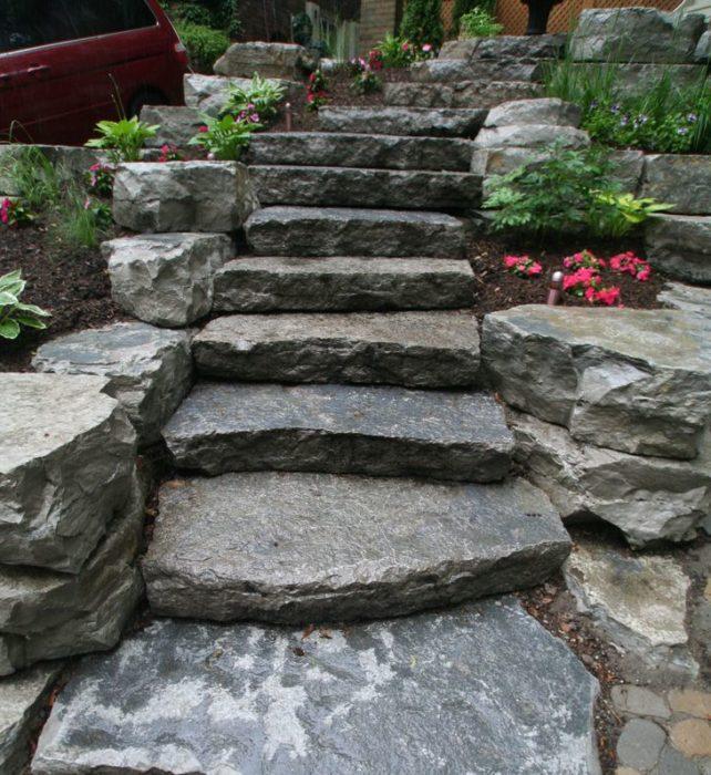 Ступени из камня